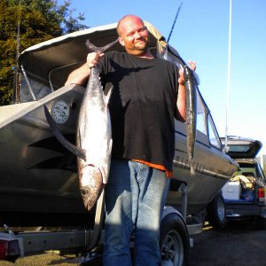 the_dude_25Lb_Tuna_and_6_lb_Coho