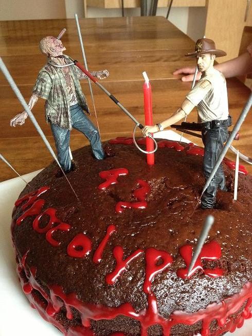 Fantastic The Walking Dead Cake Is True Love Ifish Net Funny Birthday Cards Online Alyptdamsfinfo