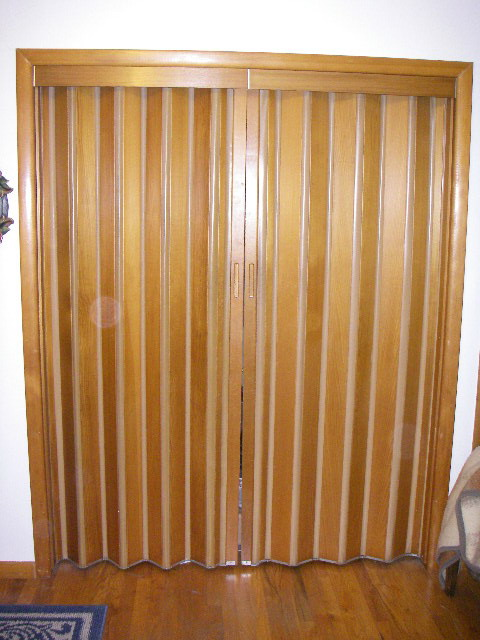 Vinyl Closet Doors Image Of Bathroom And Closet